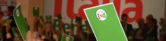 Renzi-Bersani, avversari alleati.